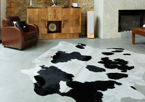 tapis en peau de vache naturelle et unie. Black Bedroom Furniture Sets. Home Design Ideas